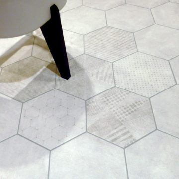 Carrelage hexagonal docklands for Carrelage hexagonal blanc