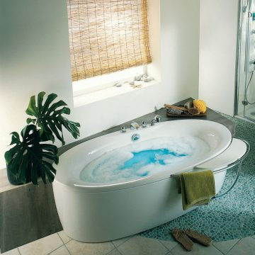 baignoire ovale. Black Bedroom Furniture Sets. Home Design Ideas