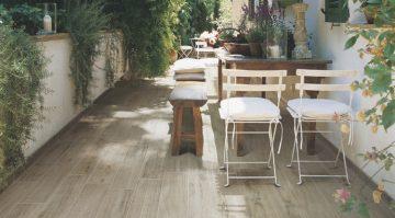 carrelage terrasse aspect bois