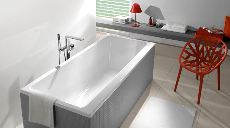 baignoire en acrylique best baignoire arrondie natalia. Black Bedroom Furniture Sets. Home Design Ideas